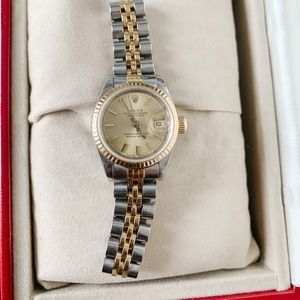 Auth women's Rolex Datejust oyster perpetual watch